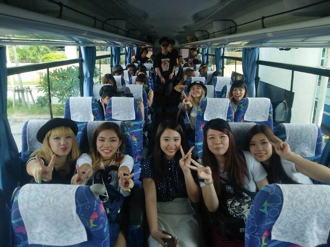 修学旅行①バス.JPG